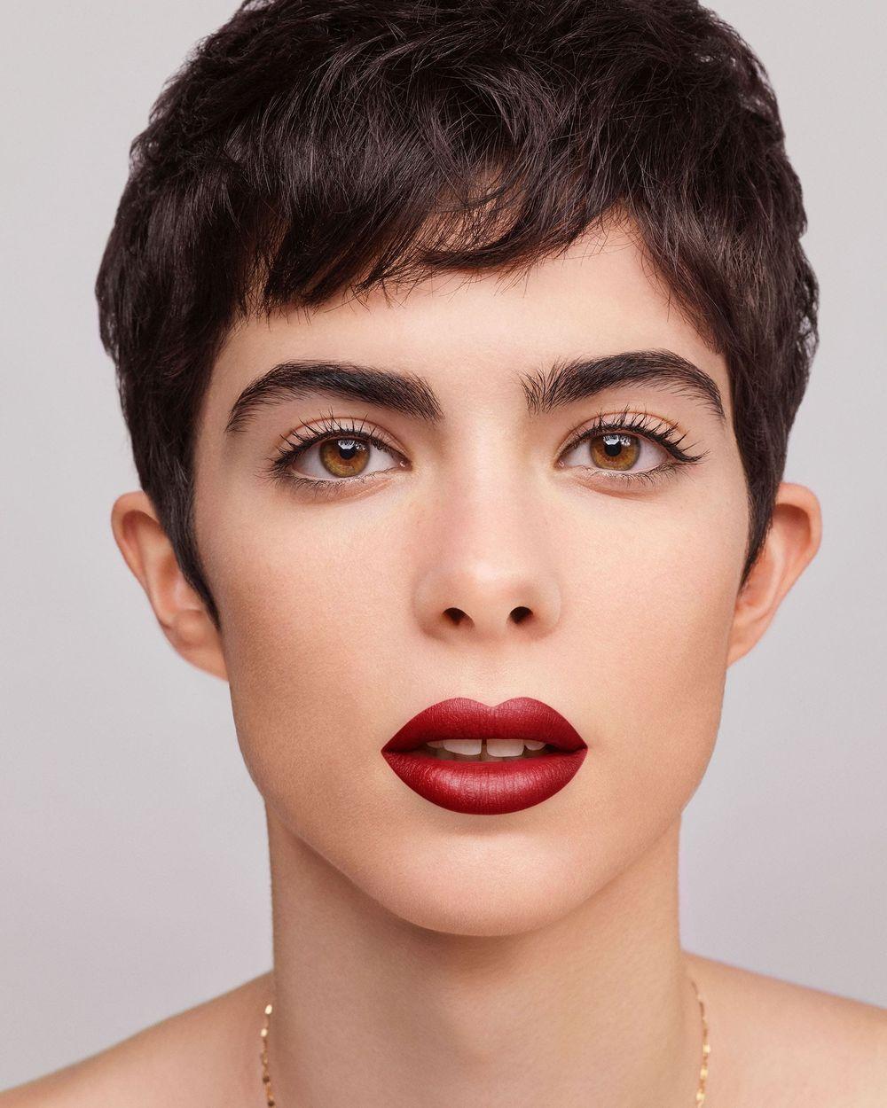 Sheer Lipstick Makeup Carolina Herrera