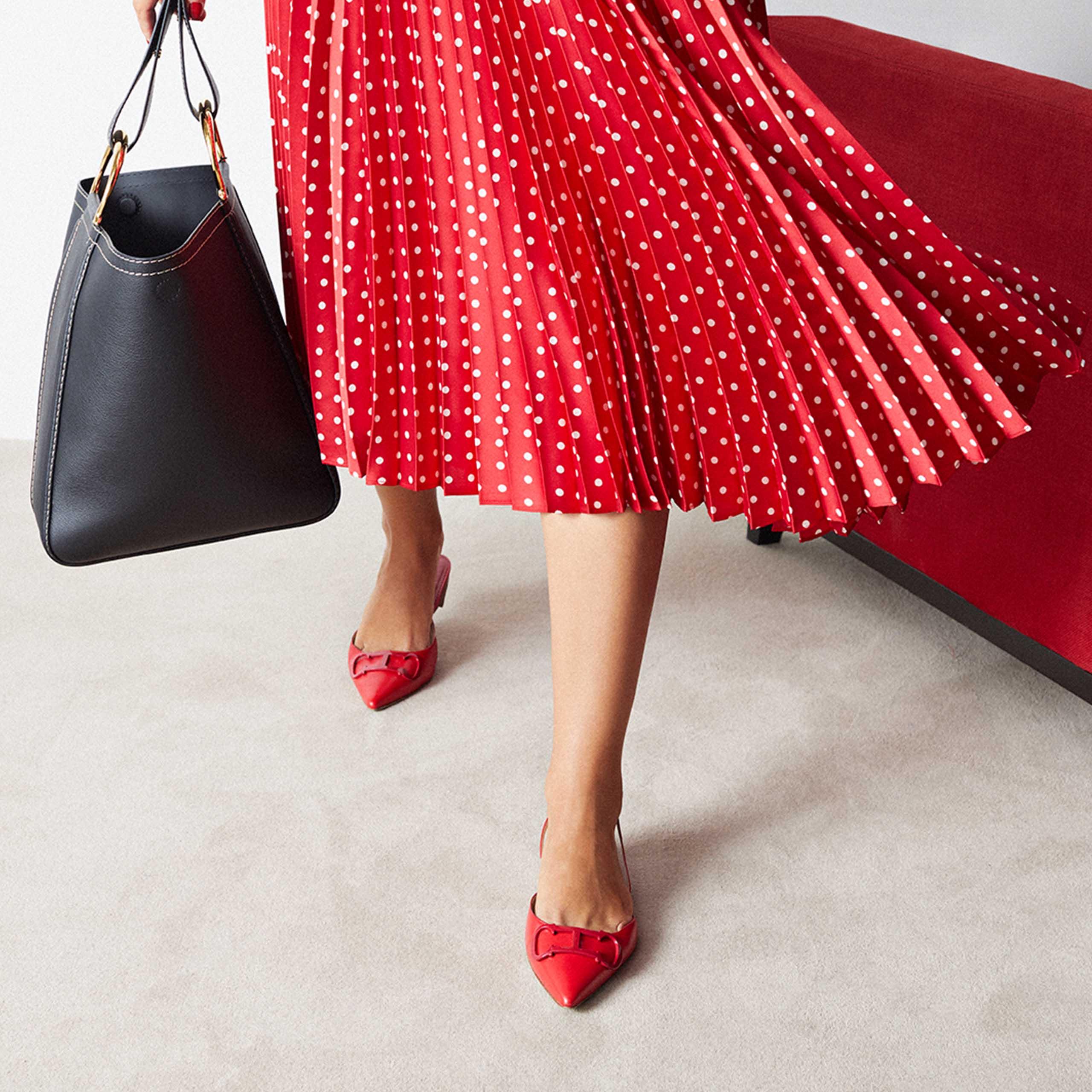 carolina herrera shoes online store