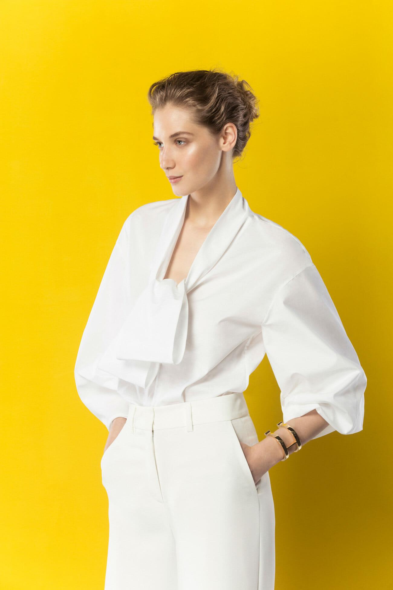 Look 3 carolina herrera for Carolina herrera white shirt collection