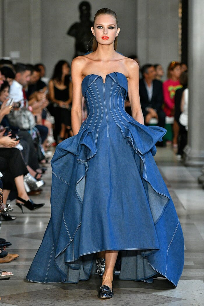 Carolina Herrera New York - Spring 2017 - Look 1