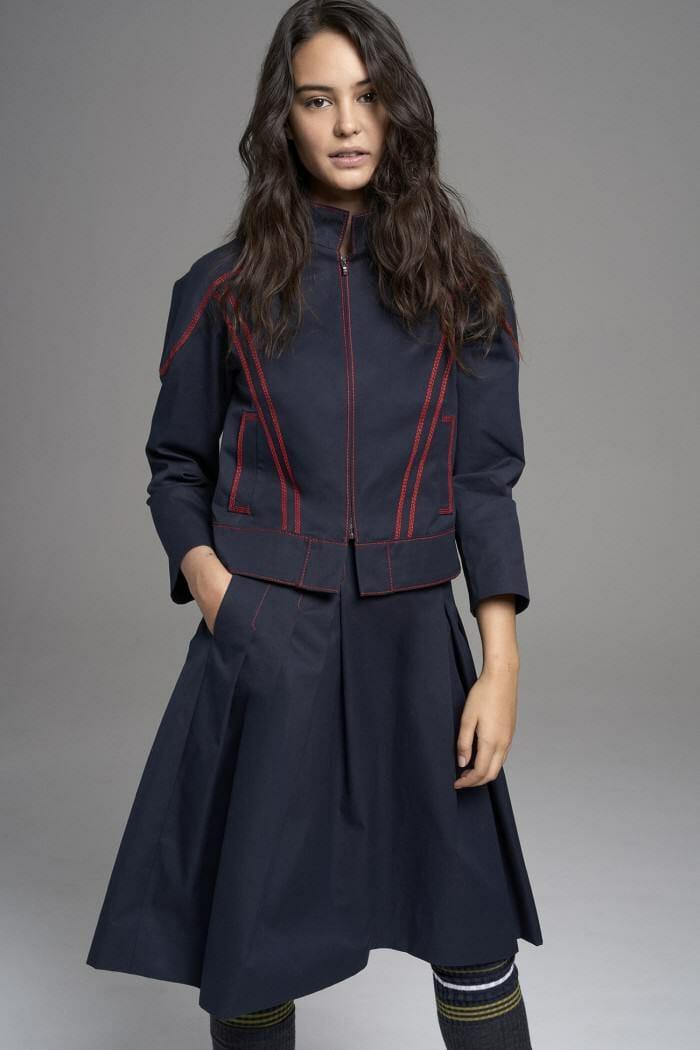 Carolina Herrera New York Pre Fall 2017 Look Courtney Eaton Wearing New Collection Jacket Suit Skirt