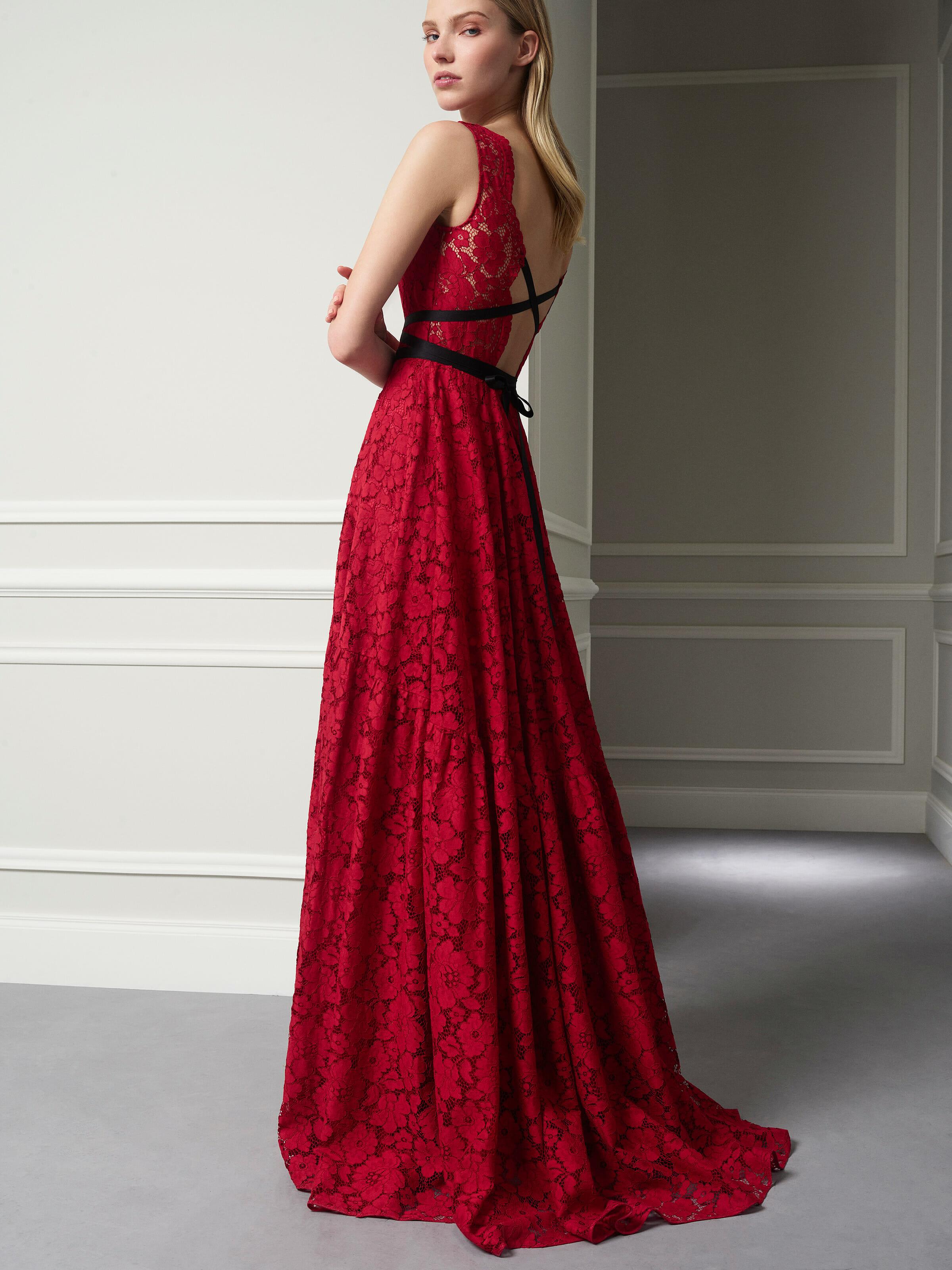 Carolina Herrera Dresses