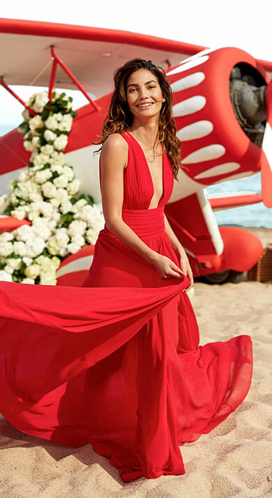 CH-Carolina-Herrera-Fragrance-Visual-With-Lily-Aldridge
