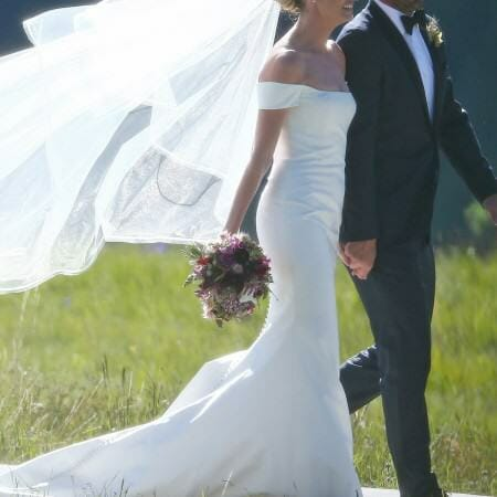 Erin Andrews in Carolina Herrera