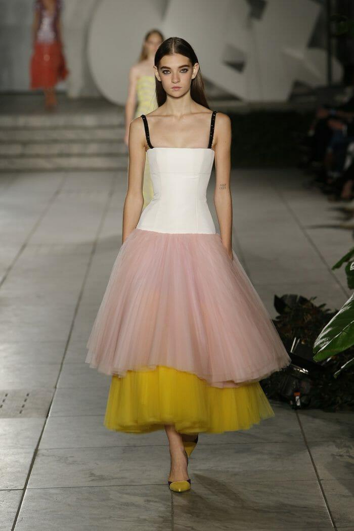 Carolina-Herrer-NY_Spring-18-Runway-show-30