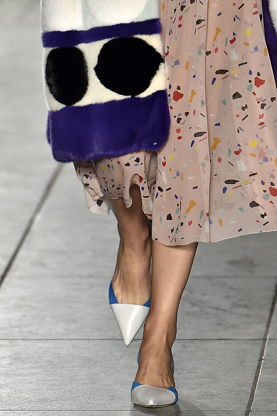Carolina-Herrera-New-York-Fashion-Week-Spring-Summer-2018-NY-September-2017-look17-detail3