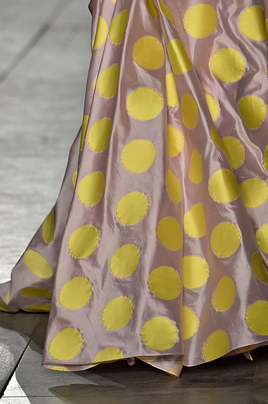 Carolina-Herrera-New-York-Fashion-Week-Spring-Summer-2018-NY-September-2017-look42-detail3