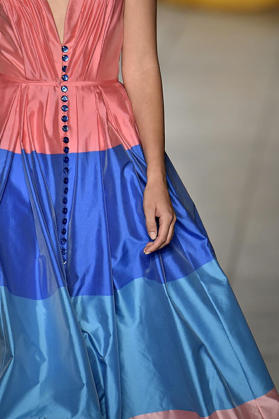 Carolina-Herrera-New-York-Fashion-Week-Spring-Summer-2018-NY-September-2017-look43-detail3