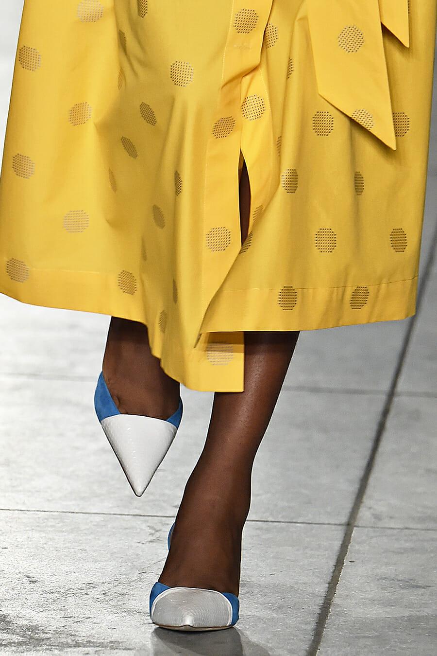 Carolina-Herrera-New-York-Fashion-Week-Spring-Summer-2018-NY-September-2017-look6-detail3