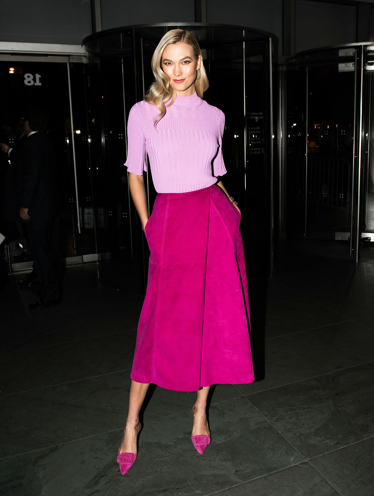 chny-fashion-Karlie-Kloss-wearing-carolina-herrera