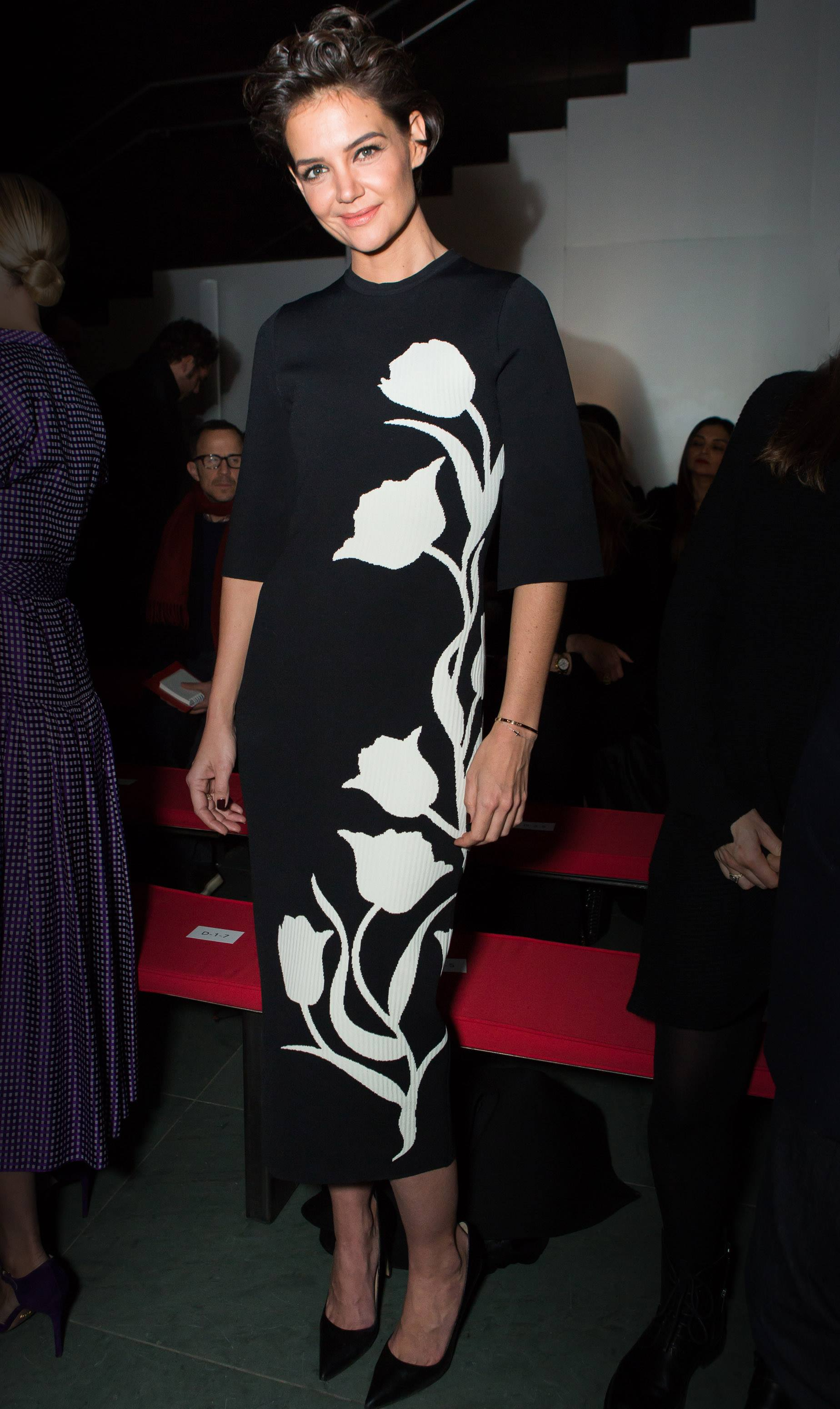 chny-fashion-Katie-Holmes-wearing-carolina-herrera