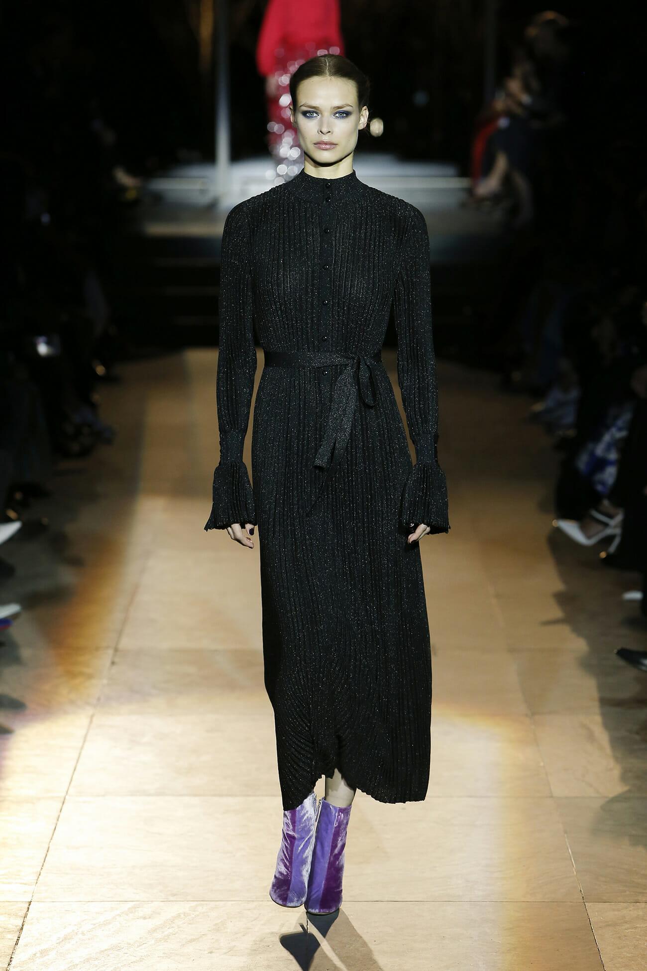 Carolina Herrera News, Collections, Fashion Shows, Fashion Week Carolina herrera international fashion designer