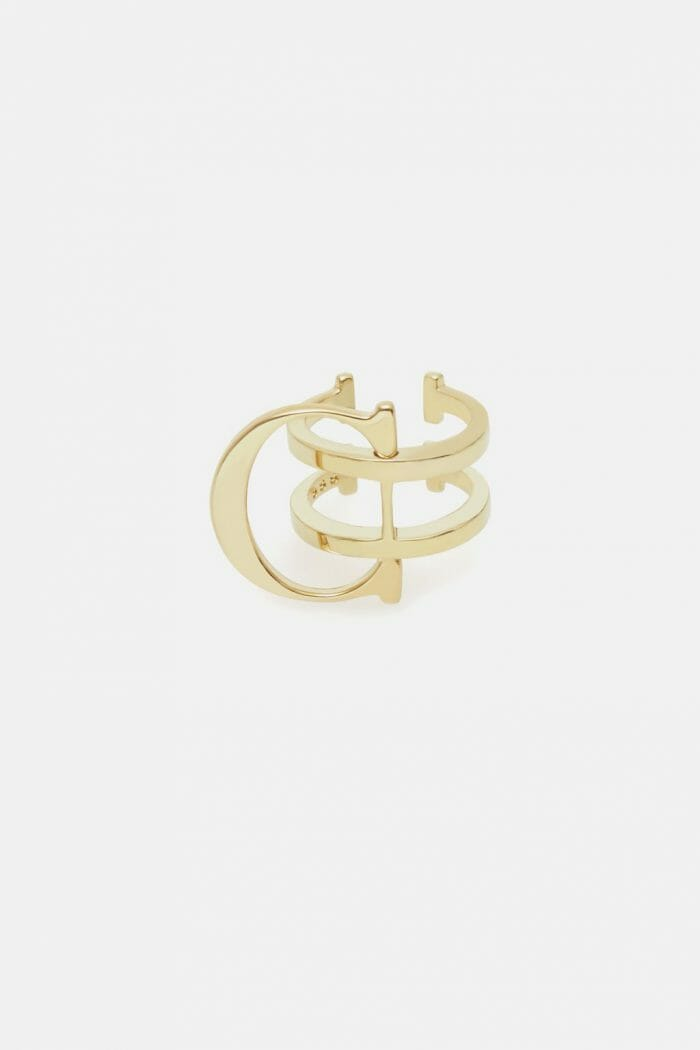 CH-Carolina-herrera-insignia-jewelry-look-8