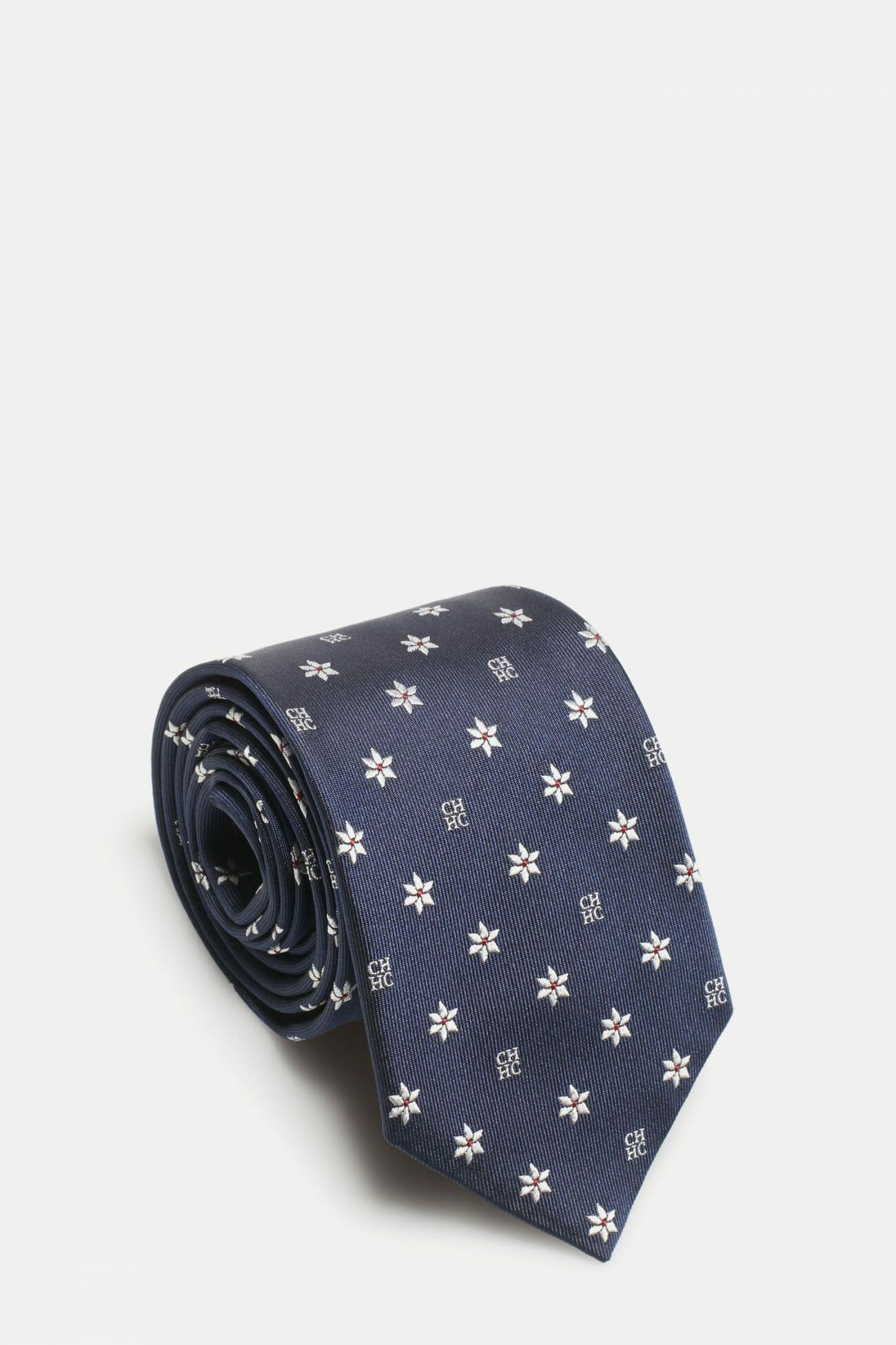 CH-Carolina-herrera-men-accessories-look-34