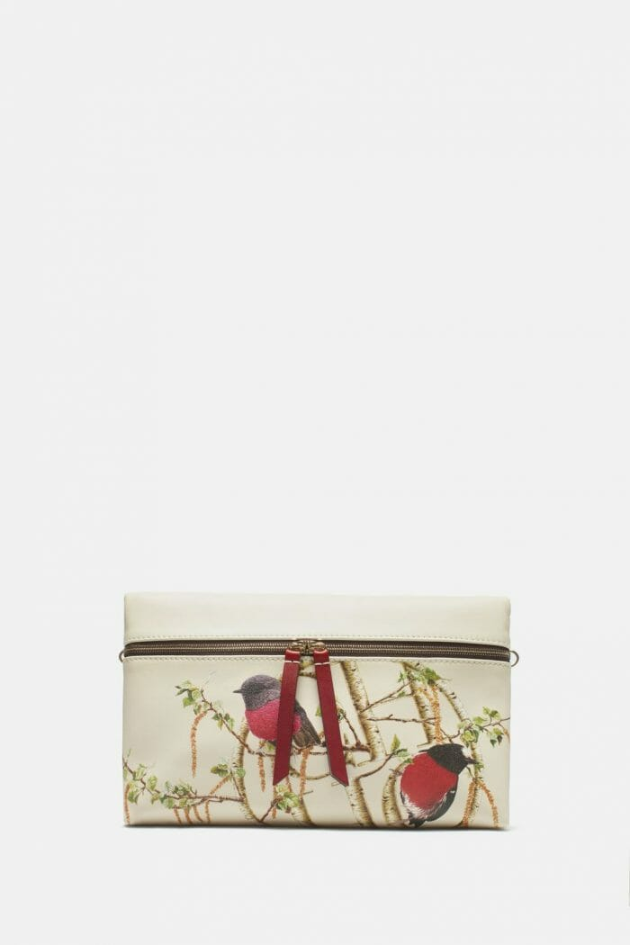 CH-Carolina-herrera-bags-collection-must-have-look-11