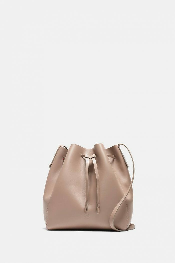 CH-Carolina-herrera-bags-collection-must-have-look-59