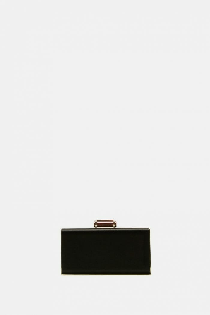 CH-Carolina-herrera-bags-collection-must-have-look-9