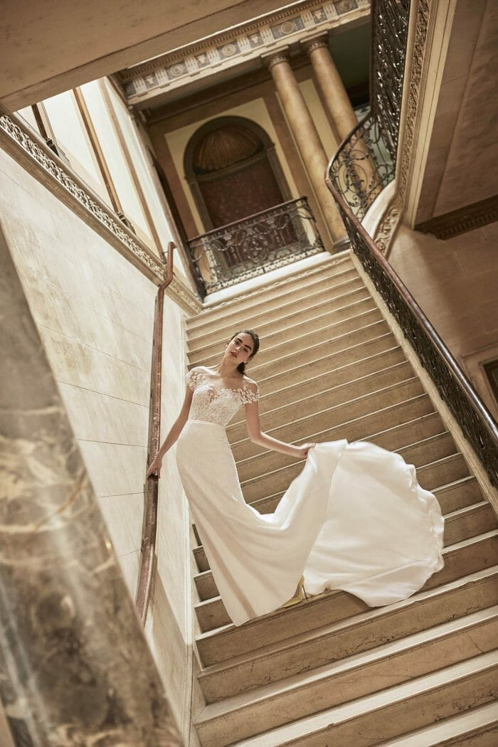 Carolina-Herrera-New-York-BridalSpring-2019-look-16