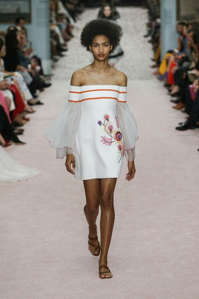 Carolina-Herrera-New-York-Spring-2019-look-19