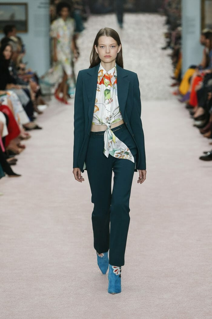 Carolina-Herrera-New-York-Spring-2019-look-29