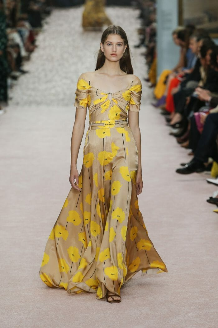 Carolina-Herrera-New-York-Spring-2019-look-33