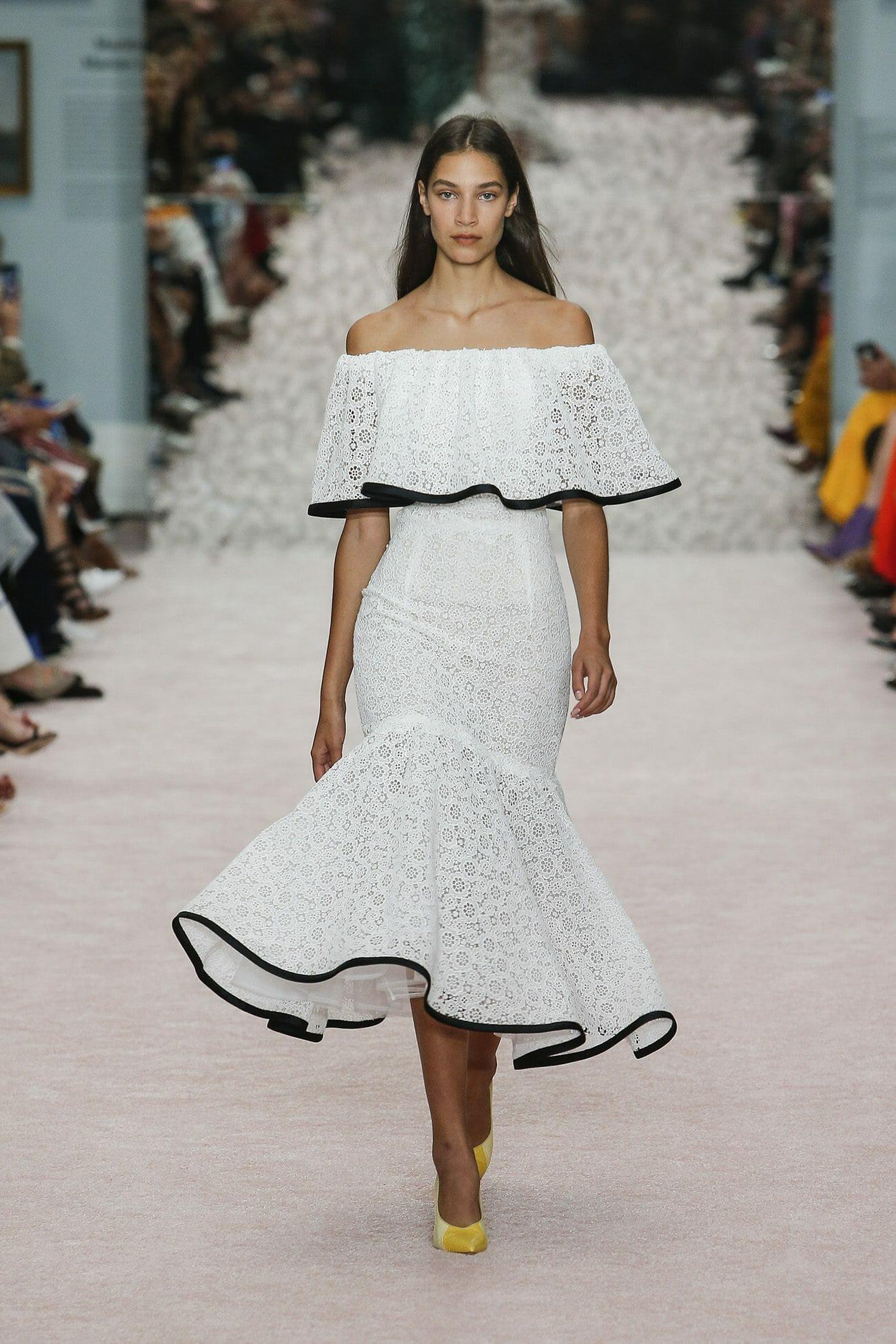 Carolina-Herrera-New-York-Spring-2019-look-35