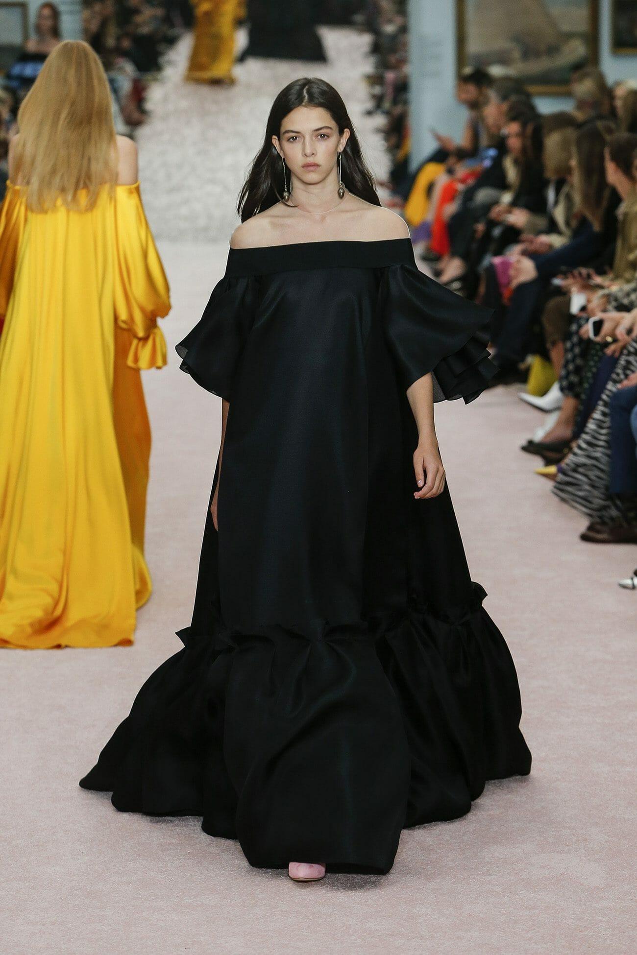 Carolina-Herrera-New-York-Spring-2019-look-41
