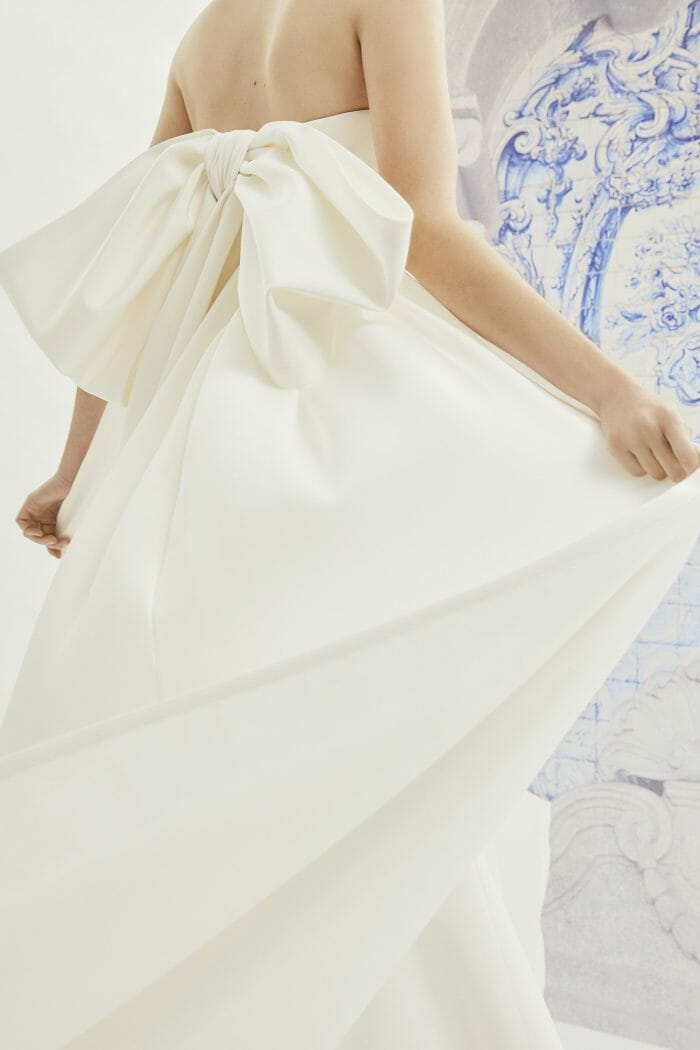 Carolina-Herrera-New-York-Bridal-Fall-2019-indira