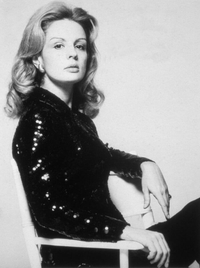 mrs_herrera_black_white_carolina_new_york_mrsherrera_woman_fashion_homepage_newsletter