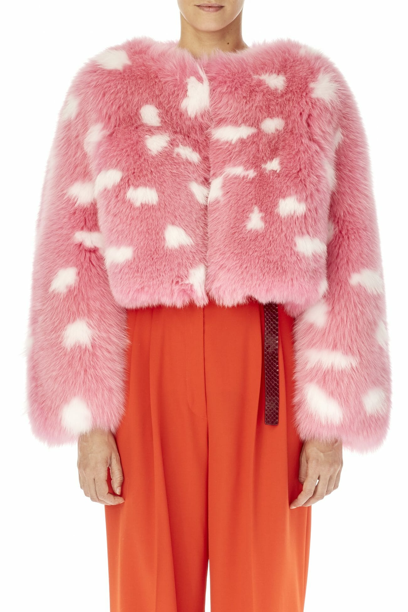 Carolina-Herrera-New-York-Resort-2019-look-151-fur-pink-white-coat