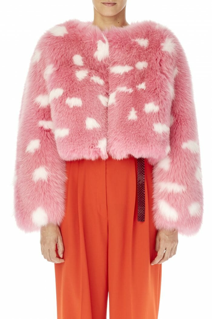 Carolina-Herrera-New-York-Resort-2019-look-151-fur-pink-white-coat