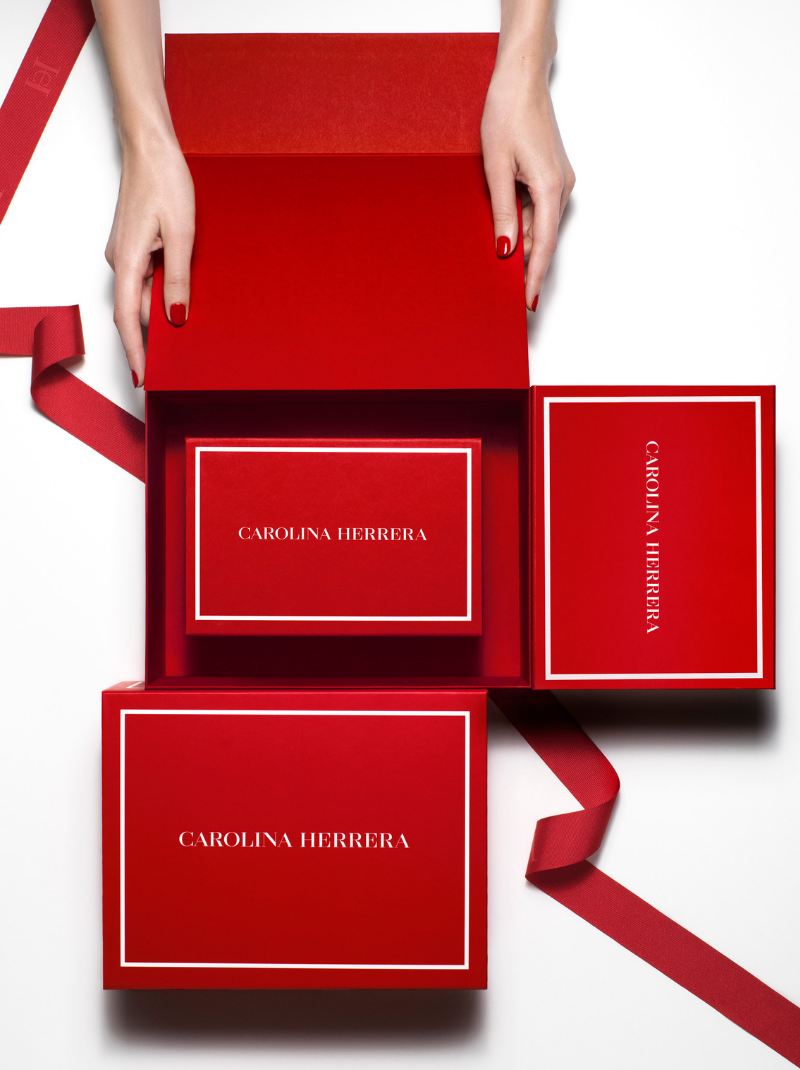 GIFT_GUIDE_HOME_RED_BOX_WRAPPING
