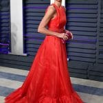 Carolina-herrera-Resort-2019-look-18