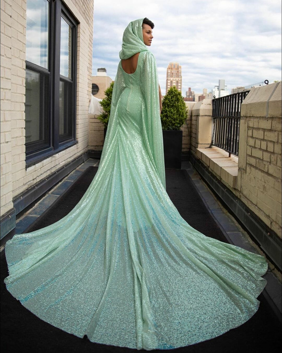 carolina-herrera-new-york-custom-met-gala-gown