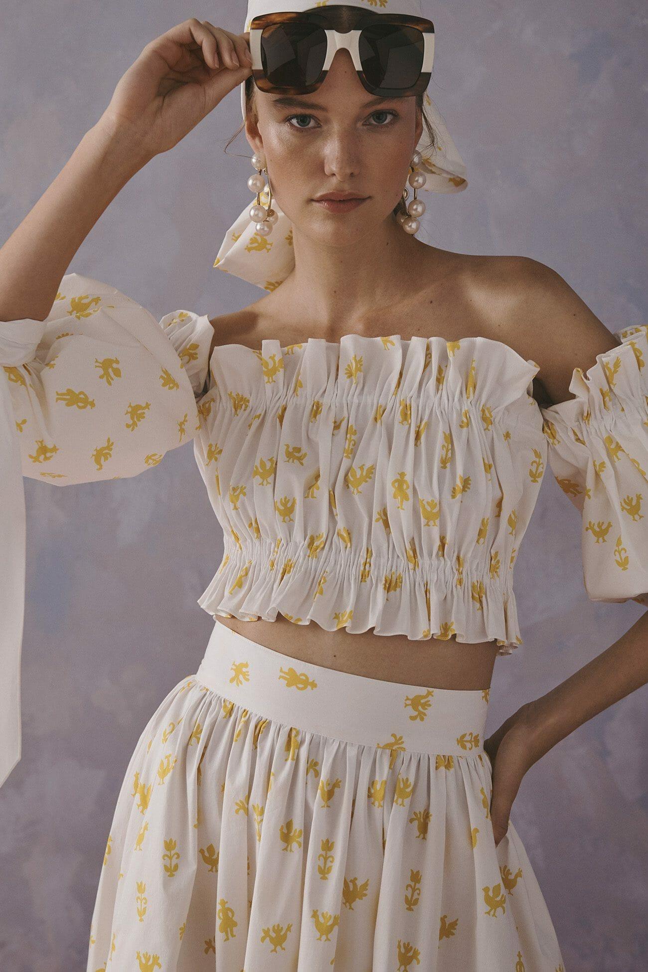 Carolina Herrera New York Resort 2020 Collection white yellow mix match top skirt