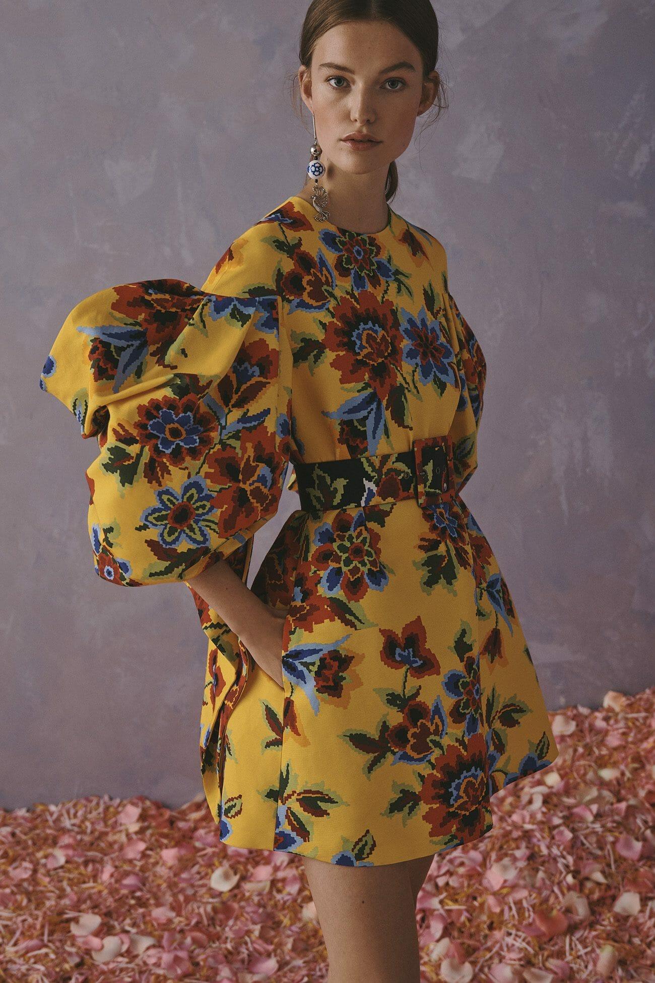 Carolina Herrera New York Resort 2020 Collection yellow dress with flowers belt