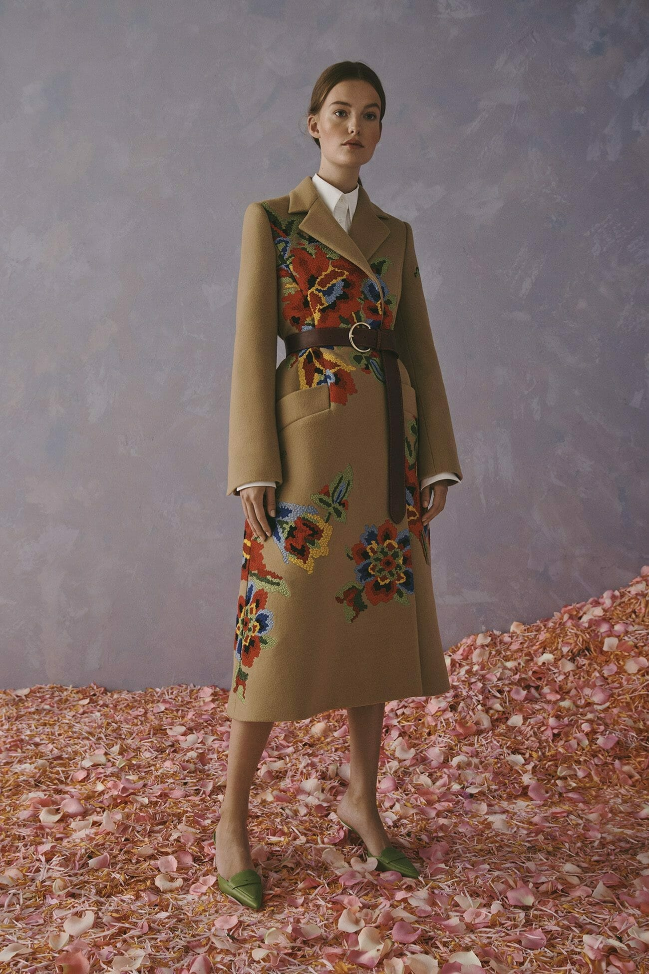 Carolina Herrera New York Resort 2020 Collection beige coat with flowers