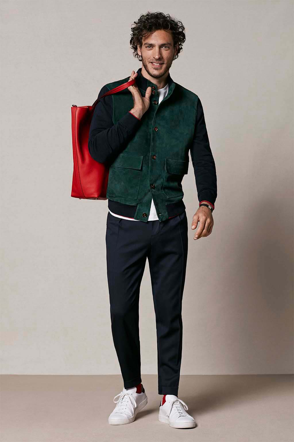 CH Carolina Herrera. New menswear collection Autumn Tales, featured with Matryoshka bag. Look 02