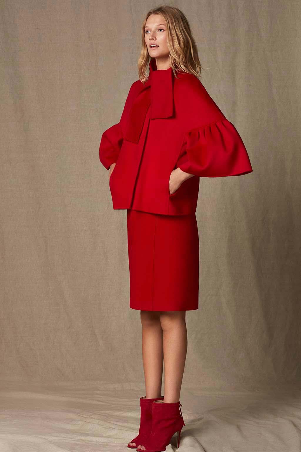 CH Carolina Herrera. New womenswear collection Falling for CH. Look 09