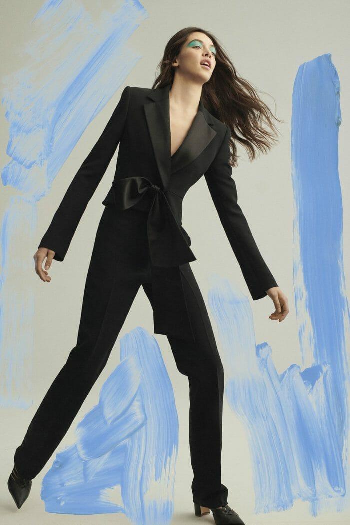 carolina herrera new york pre fall 2019 collection black suit women