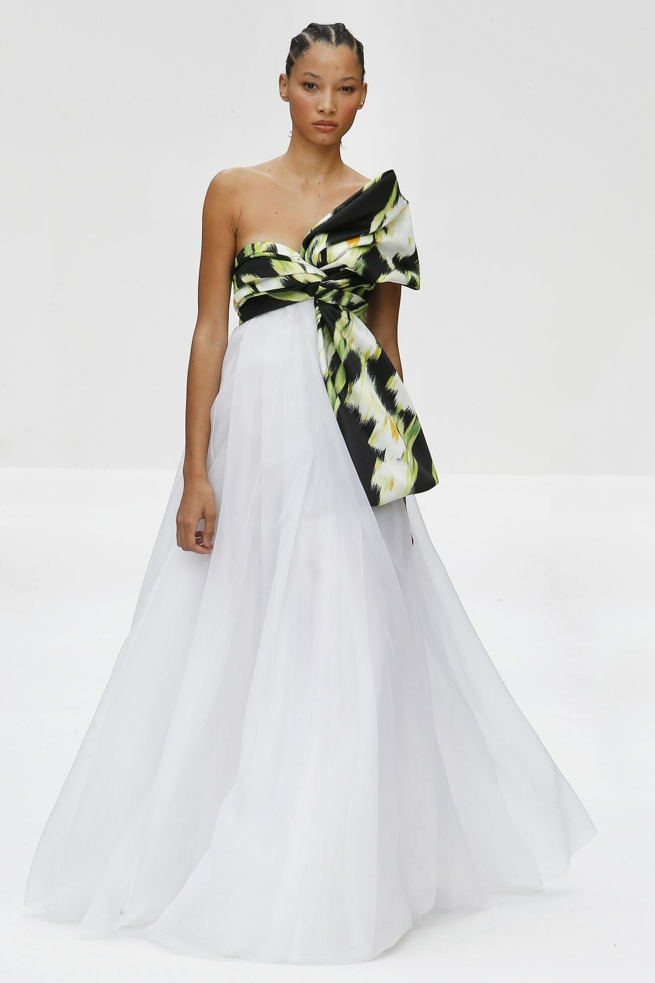 Carolina Herrera New York white dress floral top