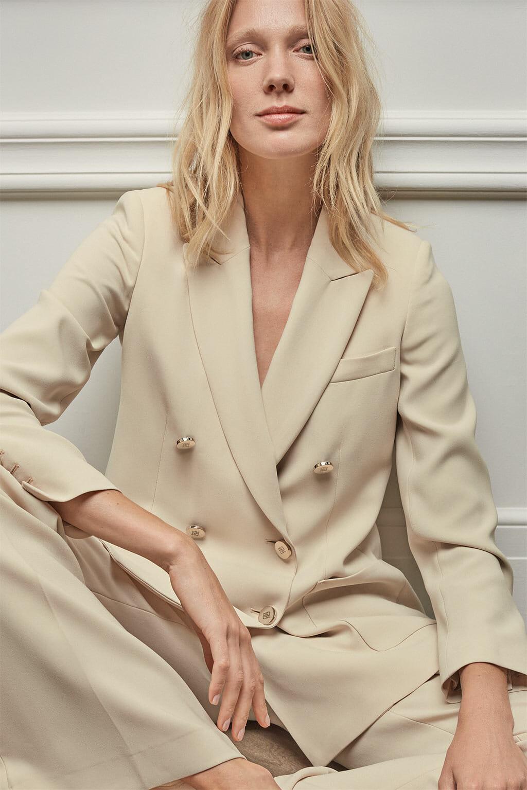 CH Carolina Herrera. New womenswear collection Resort. Look 02