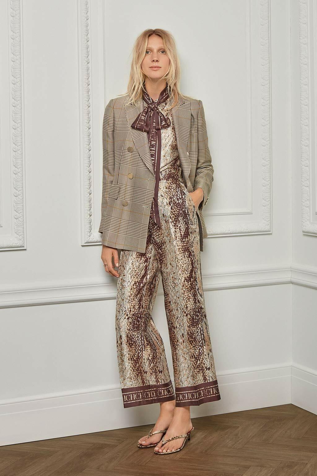 CH Carolina Herrera. New womenswear collection Resort. Look 06