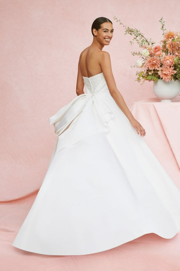 CAROLINA HERRERA NEW YORK FALL 2020 BRIDAL COLLECTION