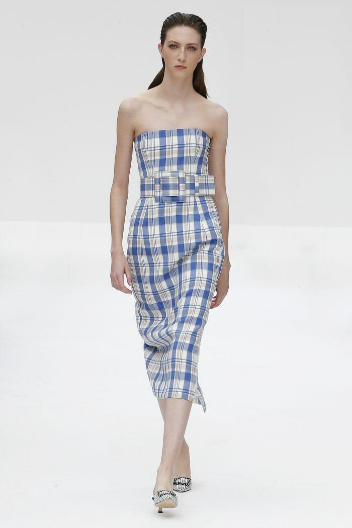 CAROLINA HERRERA NEW YORK SPRING 2020 RUNYWAY LOOK SQUARE BLUE DRESS