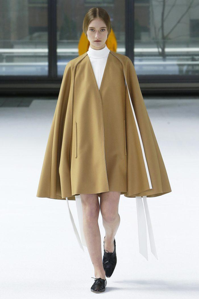 CAROLINA HERRERA NEW YORK، منصة عرض أزياء خريف عام 2020 - الطلة 1