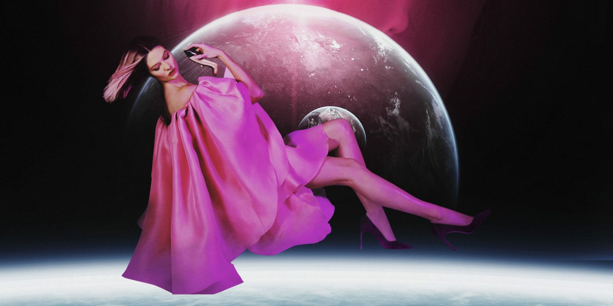 CAROLINA HERRERA NEW YORK  لعبة GOOD GIRL FANTASTIC PINK